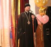 Архипастырь посетил церемонию посвящения в кадеты первоклассников Комсомольской СОШ №1 Чамзинского района