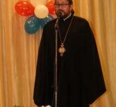 Архипастырь в Ардатовском ДК принял участие в торжественном собрании, посвящённом Дню медицинского работника