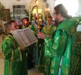 Всенощное бдение в Никольском кафедральном соборе г.Ардатова накануне праздника Живоначальной Троицы