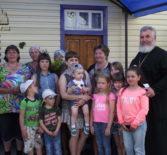 В с.Алово Атяшевского района в честь праздника св.ап.Петра и Павла дети подготовили импровизированный концерт