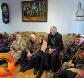 Воспитанники Воскресной школы при Храме Благовещения Пресвятой Богородицы организовали праздничный концерт, посвященный Дню пожилых людей «Целуем бабушкины руки, гордимся мужеством дедов»