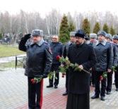 Преосвященнейший Вениамин, епископ Ардатовский и Атяшевский совместно с руководством МВД по Республике Мордовия совершил поминальное мероприяти на мемориальном кладбище г.Саранска