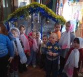 В Святочные Рождественские дни Свято-Введенскую церковь посетили воспитанники Лобаскинского детского сада