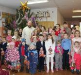 В с.Кочкурово Дубенского района ежегодно проводят «Рождественскую ёлку» для юных прихожан.