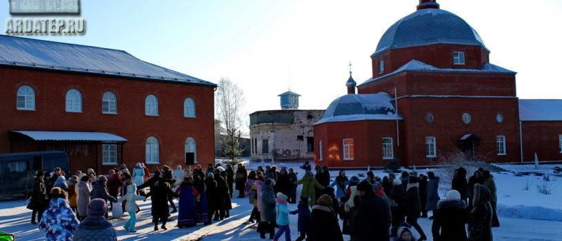 Рождество Христово широко отметили святочными народными гуляниями на кафедральной площади г.Ардатова