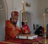 Архипастырь на Радоницу совершил Божественную литургию в Никольском кафедральном соборе г.Ардатова