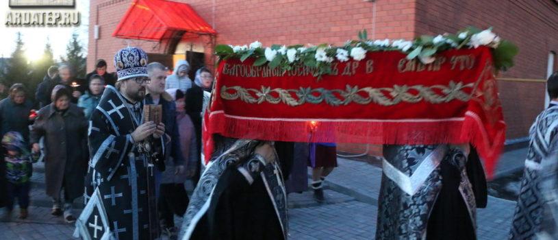 Утреня с чином погребения Господа нашего Иисуса Христа в Никольском кафедральном соборе г.Ардатова