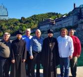 Архипастырь с паломниками посетил Свято-Пантелеимонов мужской монастырь Русской Православной Церкви на Святой горе Афон