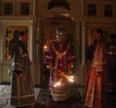 Ночная Божественная литургия в Никольском кафедральном соборе г.Ардатова. Великий Четверток, воспоминание Тайной Вечери