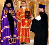 Неделя 3-я по Пасхе, святых жен мироносиц, Архипастырь совершил Божественную литургию вв храме святого апостола Андрея Первозванного п.Атяшево