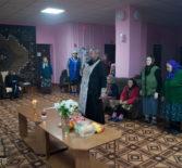 Накануне Троицкой родительской субботы в Большеигнатовском Доме для престарелых и инвалидов отслужили панихиду