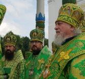 Преосвященнейший Вениамин, епископ Ардатовский и Атяшевский принял участие в Божественной литургии в Троицком соборе Троице-Сергиевой Лавры