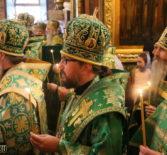 Преосвященнейший Вениамин, епископ Ардатовский и Атяшевский принял участие в Всенощном бдении в Успенском соборе Троице-Сергиевой Лавры