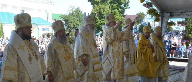 В день памяти святителя Тихона Задонского в Рождество-Богородицком мужском монастыре г.Задонска прошли праздничные торжества