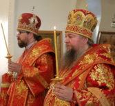 Соборное богослужение  накануне дня памяти священномученика Вениамина Петроградского в Никольском кафедральном соборе г.Ардатова