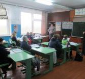 Настоятель Свято-Введенской прихода провел праздничную встречу с учащимися Лобаскинский СОШ