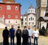 Архипастырь совместно с паломниками Ардатовской епархии совершает паломничество по Святой горе Афон