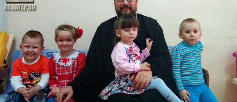 Архипастырь посетил ГКУЗ РМ Большеберезниковский специализированный дом ребенка