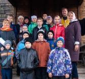 В Михайло-Архангельском храме села Большое Игнатово состоялась встреча священнослужителя с детьми из не благополучных семей