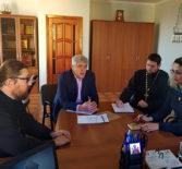 Преосвященнейший Вениамин, епископ Ардатовский и Атяшевский провел рабочую встречу с Главой Атяшевского муниципального района В.Г.Прокиным