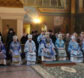 Второй день работы конференции в Саровской пустыни начался соборной Божественной литургией