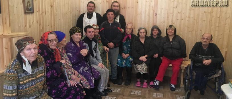 Праздничное богослужение в Большеберезниковском доме-интернате для престарелых и инвалидов