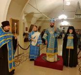 Всенощное бдение в Никольском кафедральном соборе г.Ардатова накануне праздника Введения во храм Пресвятой Богородицы