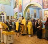 На Никольском архиерейском подворье п.Атяшево была совершена новогодняя Божественная литургия