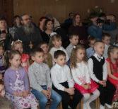 В детском саду «Сказка» п.Комсомольский прошел Рождественский утренник