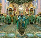 В день памяти преподобного Серафима Саровского, в Свято-Троицком Серафимо-Дивеевском женском монастыре была совершена праздничная Божественная литургия