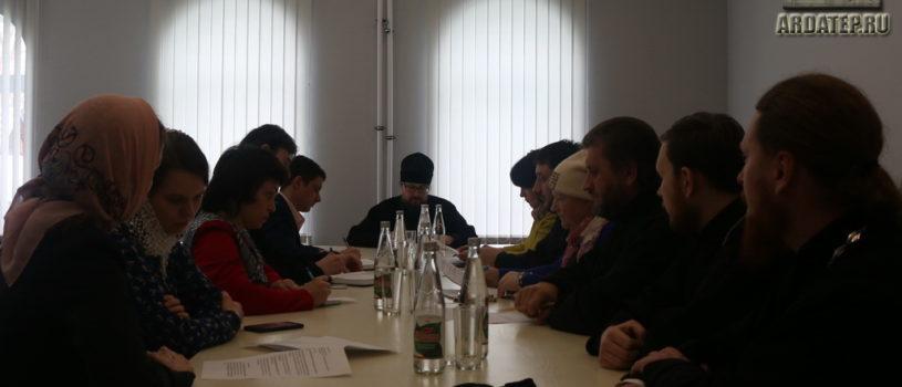 Архипастырь встретился с членами оргкомитета Сретенского молодёжного форума