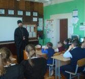 В МБОУ «Кабаевская СОШ» Дубенского района прошла встреча со священнослужителем