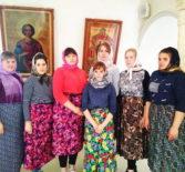 Волонтеры молодежного православного движения «Милосердие» приняли участие в уборке Никольского кафедрального собора