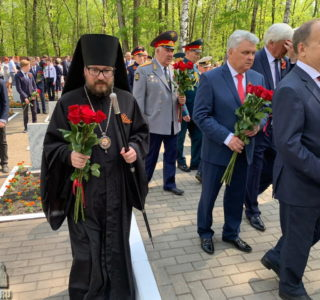 Архипастырь принял участие в праздничных мероприятиях 9 мая