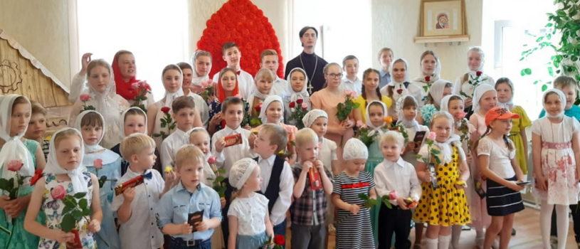 День Жен-Мироносиц торжественно отметили в Воскресной школе Никольского кафедрального собора г.Ардатова