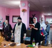 Троицкая Родительская суббота в Большеигнатовском доме престарелых