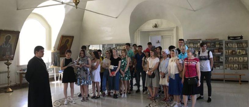Для студентов МГУ им. Н.П.Огарева провели экскурсию по достопримечательностям города Ардатова