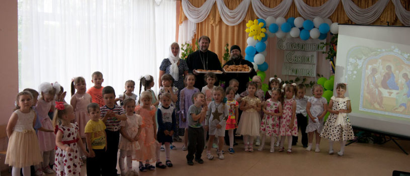 День Святой Троицы в Большеигнатовском благочинии