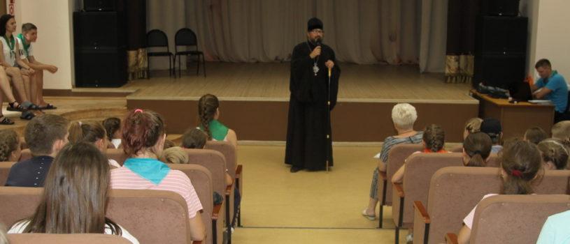 Архипастырь посетил оздоровительный детский лагерь «Орбита» в Большеберезниковском районе