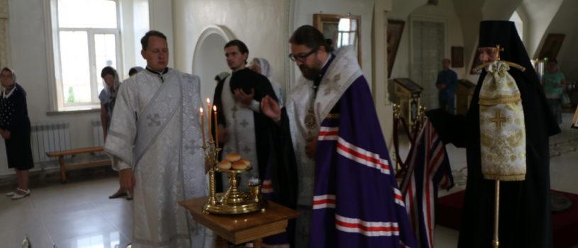 Всенощное бдение в Никольском кафедральном соборе г.Ардатова накануне праздника Преображения Господня