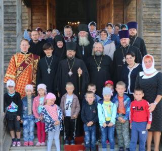 Божественная литургия в Большои Игнатово