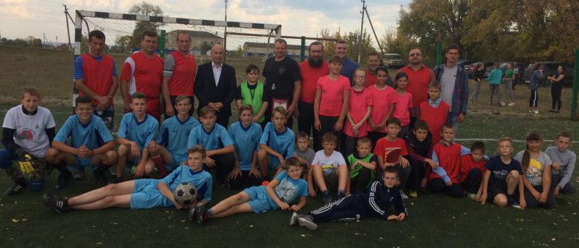 В Больших Березниках прошел турнир по мини футболу «Отцы и дети», посвящённый памяти жертв в г.Беслане 3 сентября 2004 года