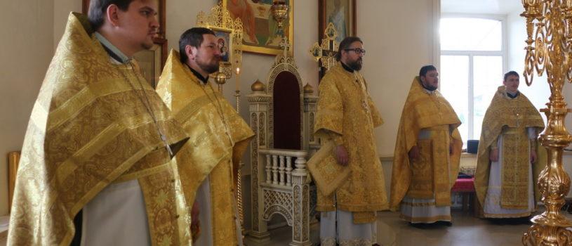 Субботняя Божественная литургию в Никольском кафедральном соборе г.Ардатова