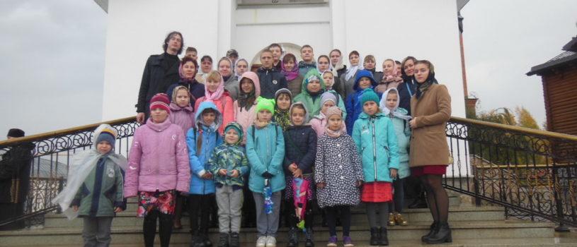Воскресная школа Никольского кафедрального собора совершила паломническую поездку в Рождественский скит Алатырского монастыря
