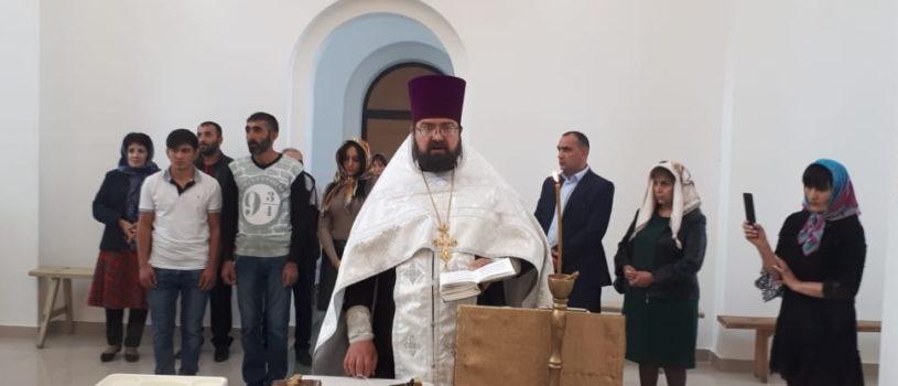 В центральном храме Большеберезниковского благочиния совершилось духовное рождение трех новых православных христиан