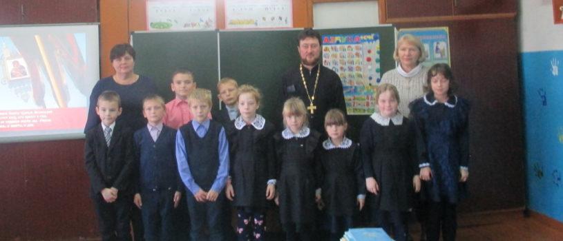 Покров Пресвятой Богородицы в Лобаскинской школе Атяшевского района