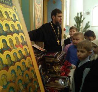 Духовная встреча учеников Атяшевской СОШ с настоятелем Андреевского храма п.Атяшево