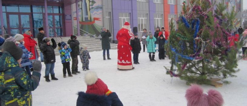 Рождество Христово торжественно отметили народным гулянием в Больших Березниках