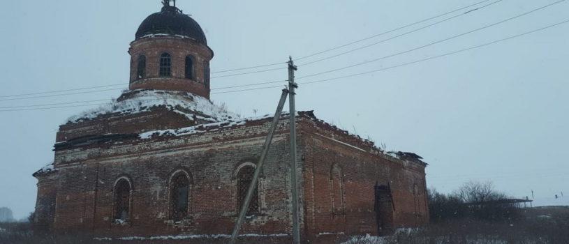 Благочинный Чамзинского района совершил рабочий визит в село Знаменское, где планируется консервация разрушенного храма