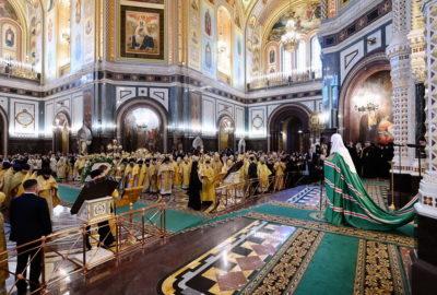 Архипастырь сослужил Святейшему Патриарху Московскому и всея Руси Кириллу в День интронизации